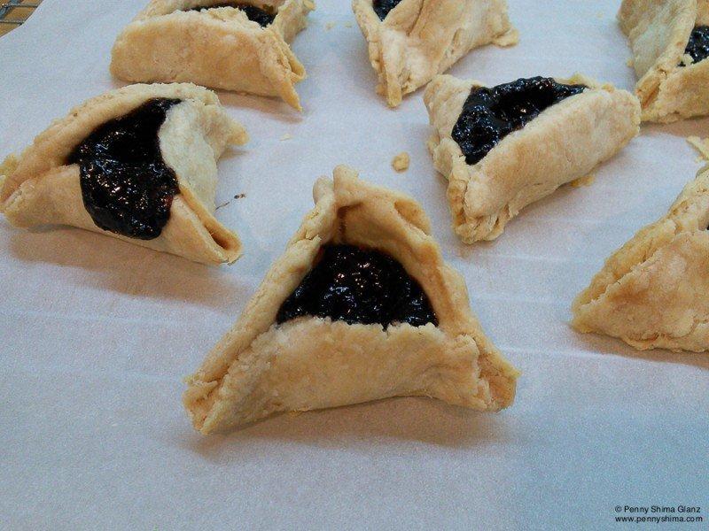 baking for Purim – Hamentaschen